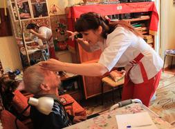 В Свердловской области продолжается диспансеризация ветеранов на дому