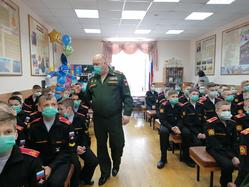 Свердловский Центр охраны здоровья детей и подростков провёл лекцию для юных суворовцев
