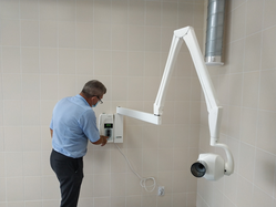 Для качественного оказания медпомощи уральцам в свердловских стоматологиях обновляется оборудование